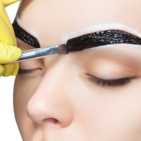 Henna Brow treatment